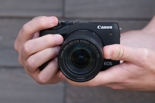 Both lightweight and high performance canon M6 Mark II micro single camera review.