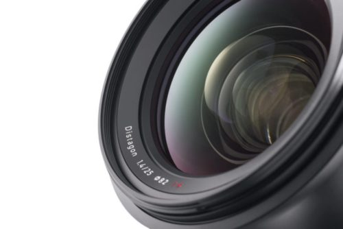 What Anyone Getting Into Photography Should Know About Lenses