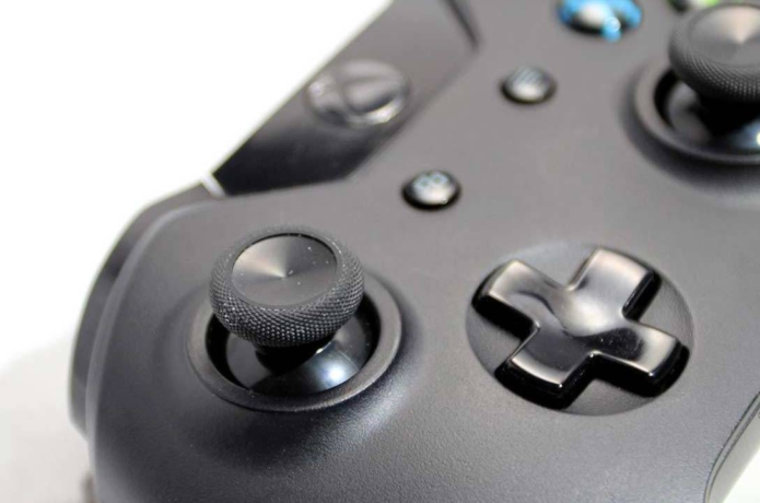 Now the Apple Store will sell you an Xbox controller: Here's why
