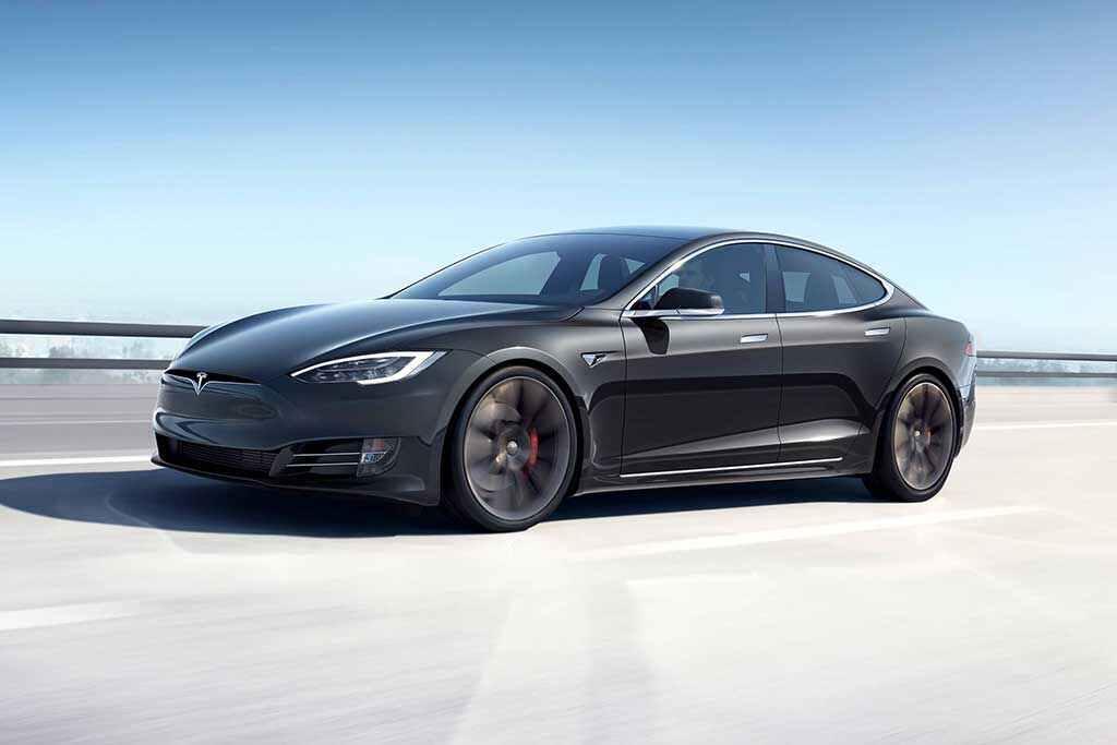 2020-Tesla-Model-S-(15)