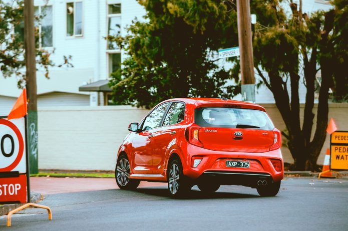 Picanto v Swift: Pint-sized face-off | 2019 Suzuki Swift GL Navigator with Safety Pack v Kia Picanto GT-Line