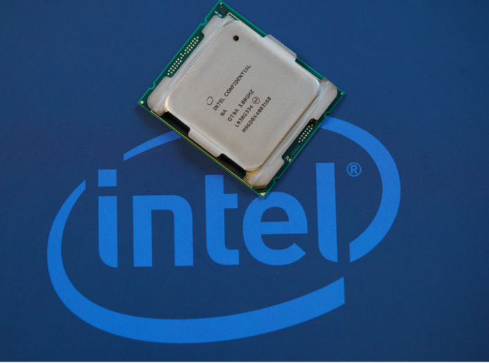 Intel Core i9-10980XE Review: Winning the middle