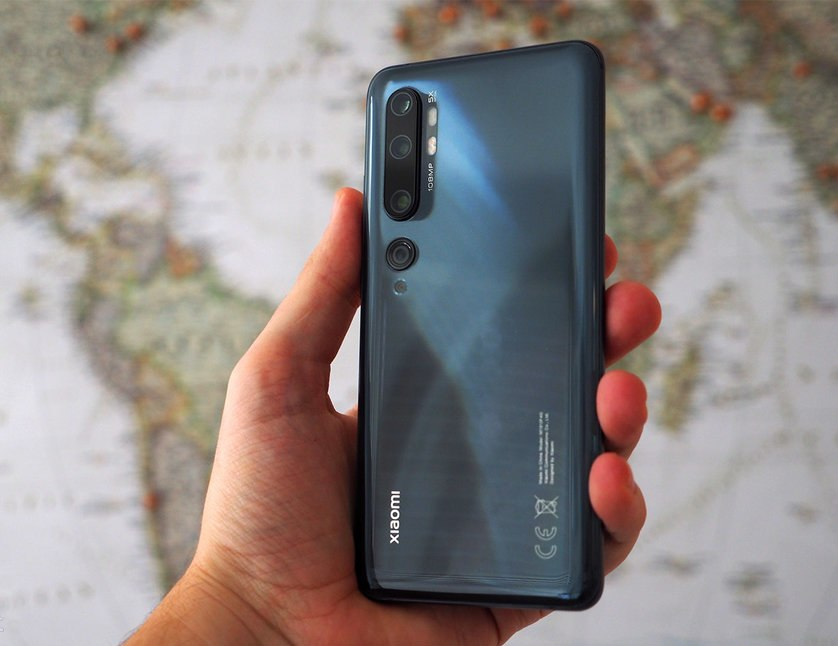 The only two differences that exist between the Xiaomi Mi Note 10 and Note 10 Pro