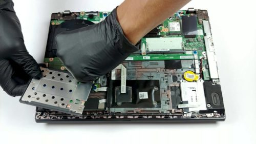 Inside Lenovo ThinkPad L490 – disassembly and upgrade options