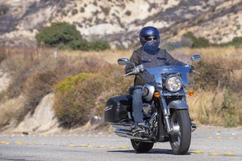 2019 SUZUKI BOULEVARD C90T REVIEW: NICHE CRUISING TOURING MOTORCYCLE