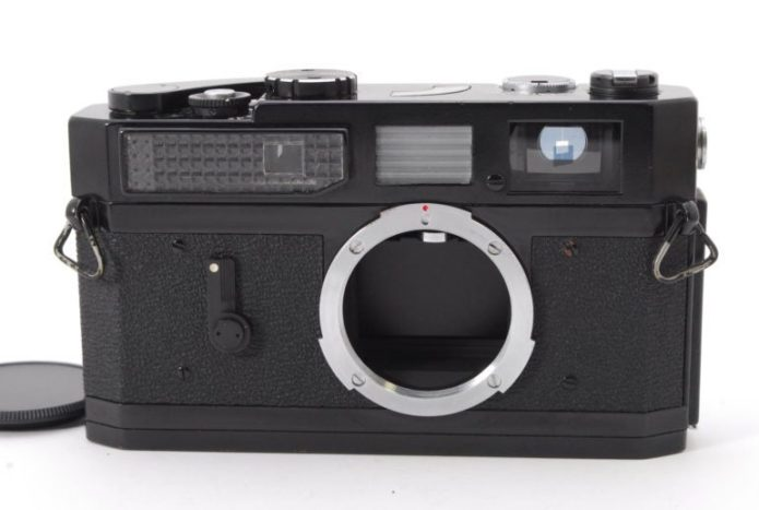This Rare Black Paint Canon 7 Was a Leica M3 Competitor