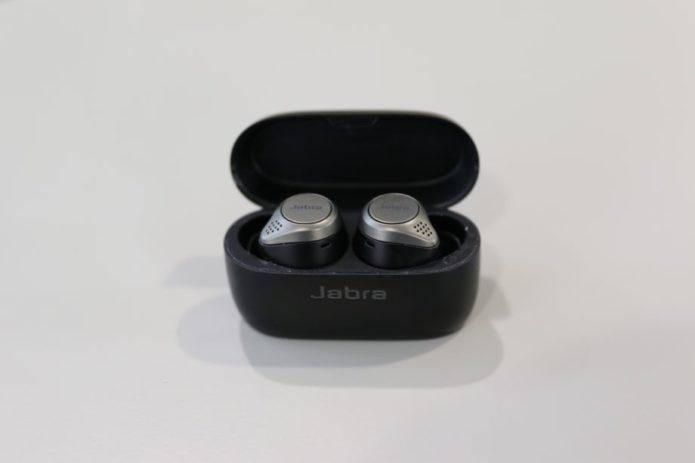 Jabra-Elite-75Topen-front-920x613