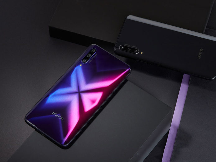 Top Reasons To Buy The HONOR 9X This Christmas