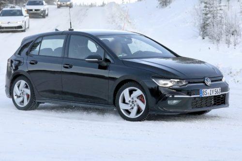 SPY PICS: 2020 Volkswagen Golf GTI