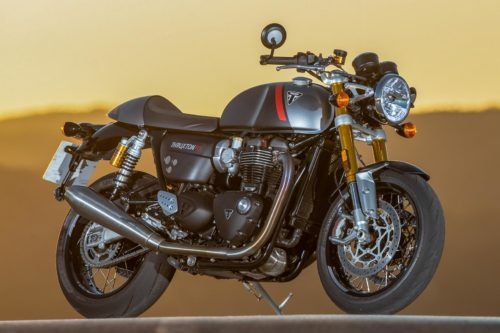 2020 TRIUMPH THRUXTON RS REVIEW (17 FAST FACTS)