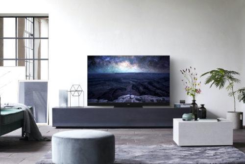 Panasonic HZ2000 OLED promises higher peak brightness than other sets | CES 2020