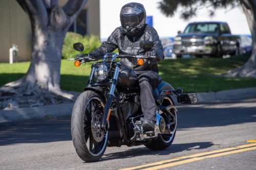 2020 HARLEY-DAVIDSON BREAKOUT REVIEW: BADASS MOTORCYCLE