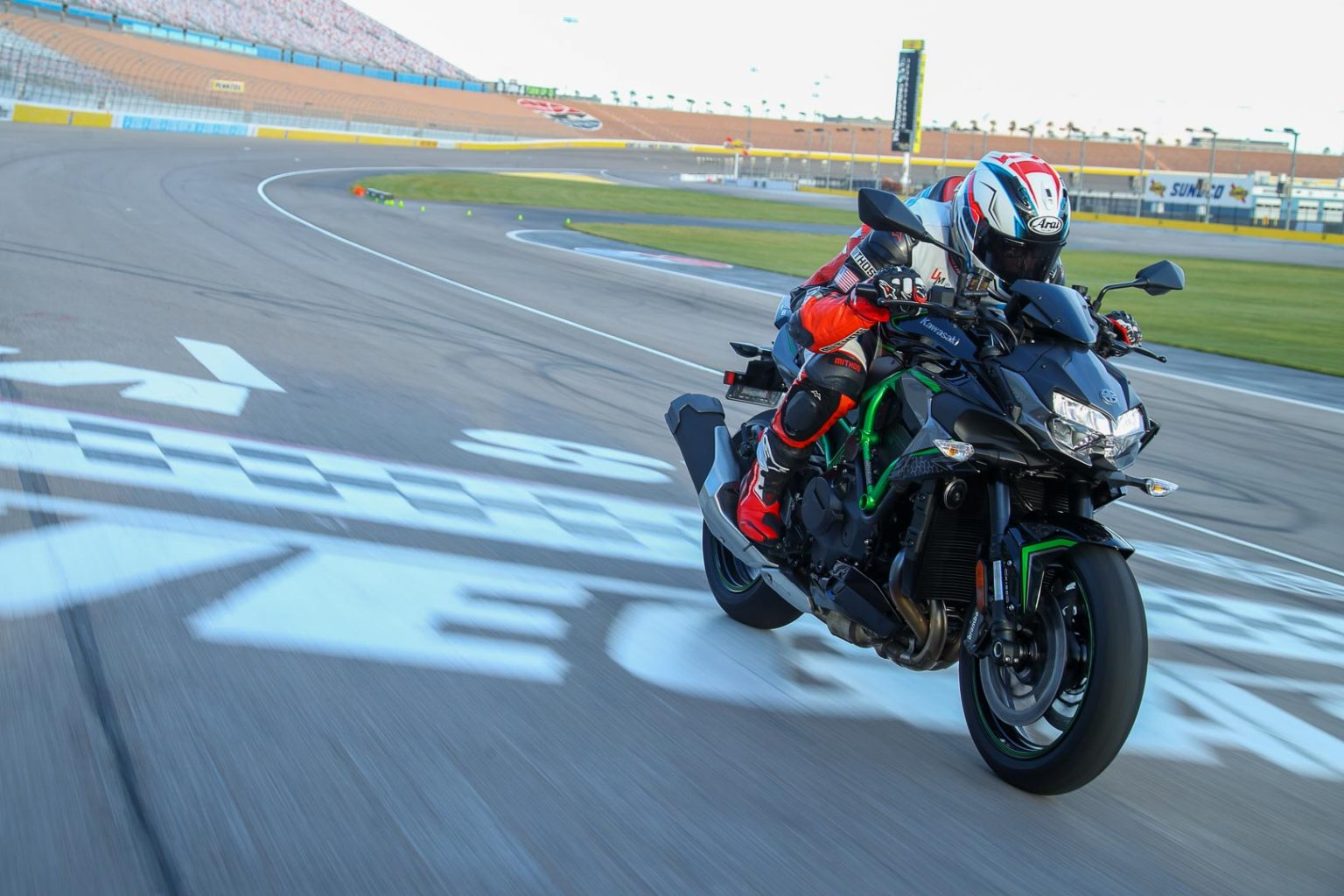2020 Kawasaki Z H2 Review: Street and Track (17 Fast Facts)