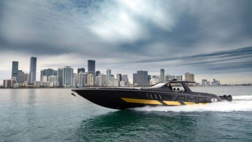 This 2,700hp Mercedes-AMG x Cigarette Racing 59' Tirranna yacht blew my mind