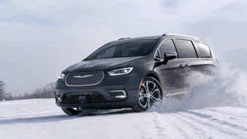 2021 Chrysler Pacifica AWD joins minivan line-up: Big tech and trim upgrades