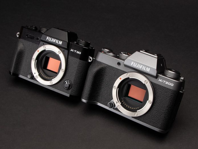 Which is best for you: the Fujifilm X-T200 or X-T30?