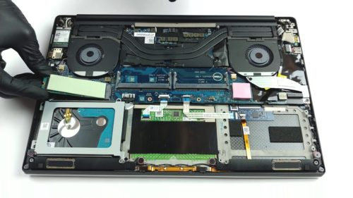 Inside Dell Precision 5540 – disassembly and upgrade options