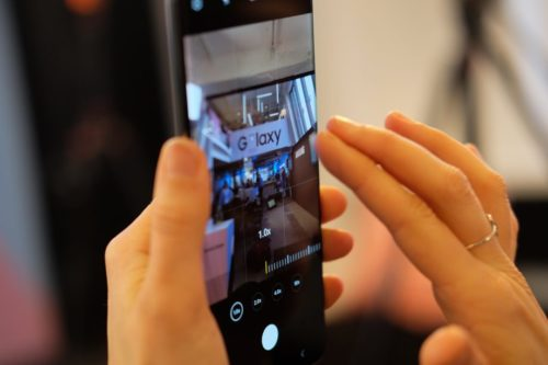 Samsung's new OLED display should reduce the strain on your eyes and phone battery