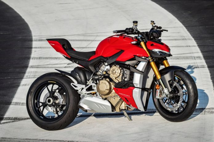 2020 DUCATI STREETFIGHTER V4 AND V4 S: LIVE STREAMING ON WEDNESDAY