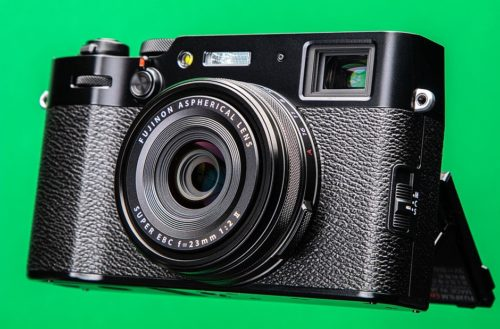 Five reasons why Fujifilm probably won't make a full-frame X100