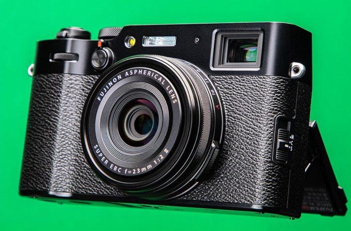 Five reasons why Fujifilm probably won't make a full-frame X100