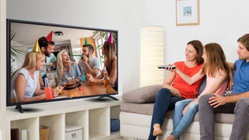 RCA 50-inch 4K Roku Smart TV (RTRU5027-W) review