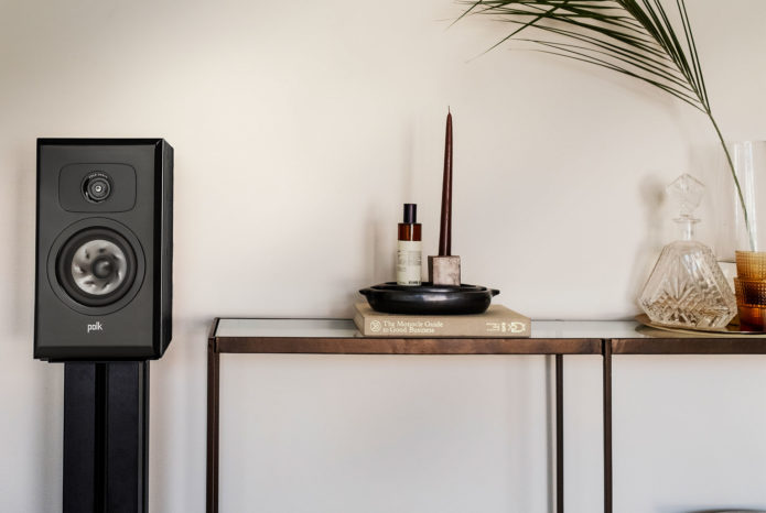 What's the Difference Between $300 and $1,000 Bookshelf Speakers?
