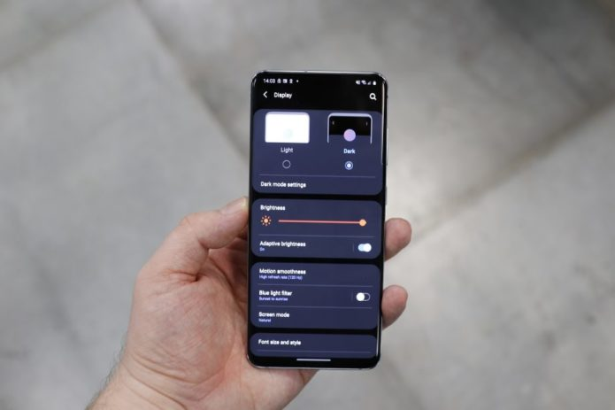 How to enable Dark mode on the Samsung Galaxy S20