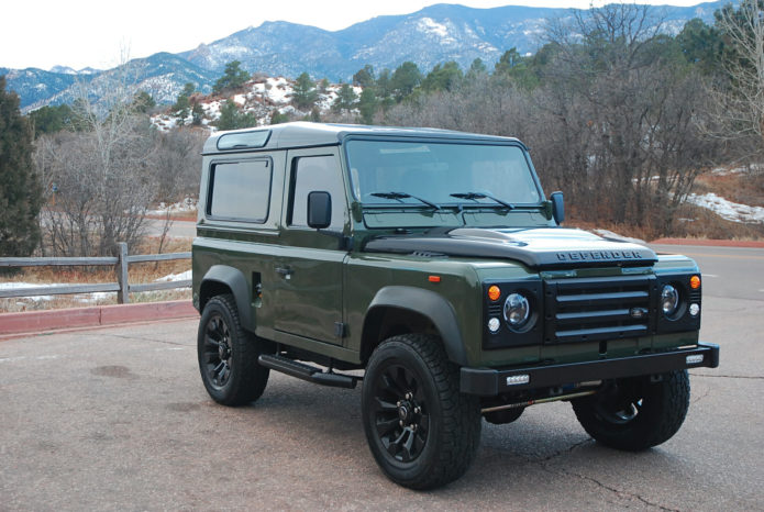 This Corvette-Powered Defender Is the Vintage Land Rover You Really Want