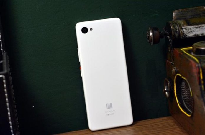 Xiaomi QIN 2 Pro Review – Ultra-Budget Android 9.0 Smartphone