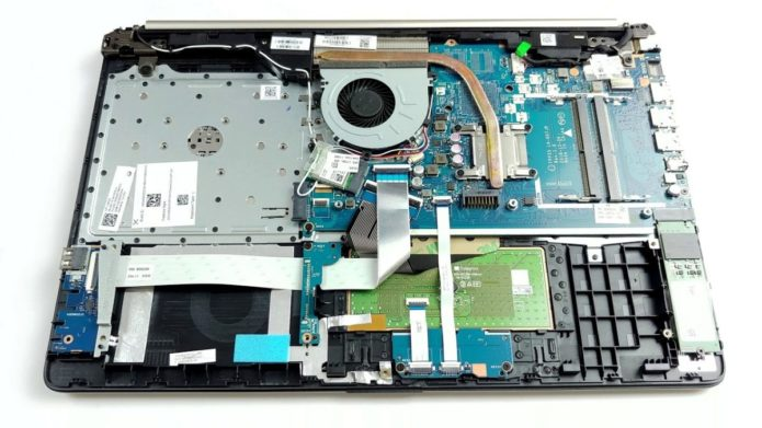 Inside HP 15 (db-1000) – disassembly and upgrade options