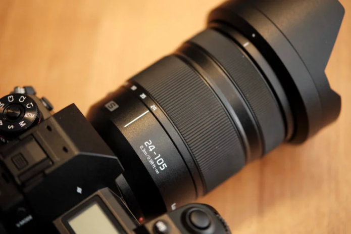 8 Versatile f4 Zoom Lenses and Why We Love Them