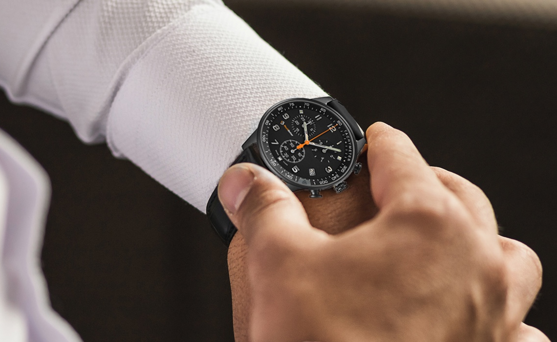 Wearable tech start-up blends NFC into the glass of Swiss watches