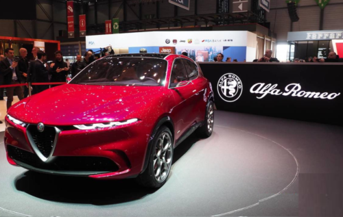 2021 Alfa Romeo Tonale is the brand's first compact hybrid crossover