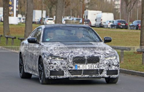 2021 BMW M4 spied with manual transmission