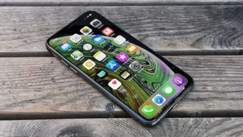 Why the iPhone 9 and OnePlus 8 are needed now more than foldable phones