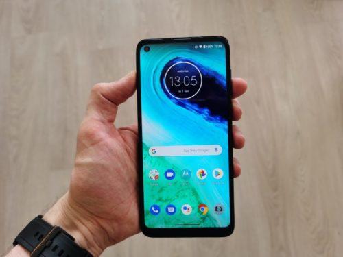 Motorola Moto G8 Review