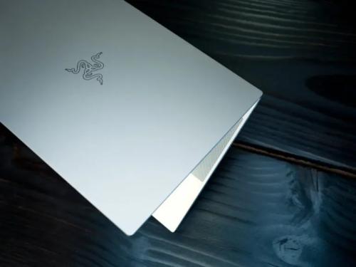 Mac vs PC: The 2020 Razer Blade 15 Studio Targets Photographers