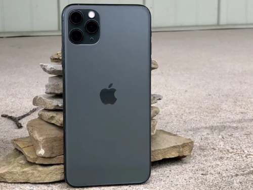 7 Reasons to Wait for the iPhone 13 & 5 Reasons Not To