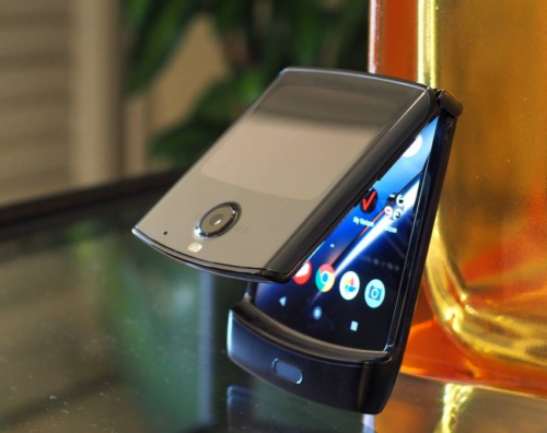 Motorola Razr BOGO deal is tempting us to ignore our better judgment