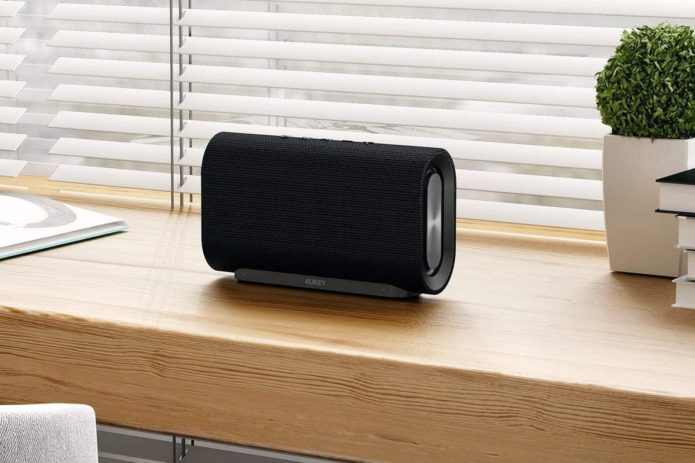 Aukey SK-M30 Eclipse Bluetooth speaker review: Stylish design and satisfactory sound