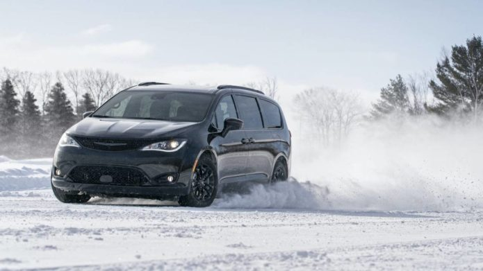 2020 Chrysler Pacifica AWD Launch Edition gives a taste of traction to come