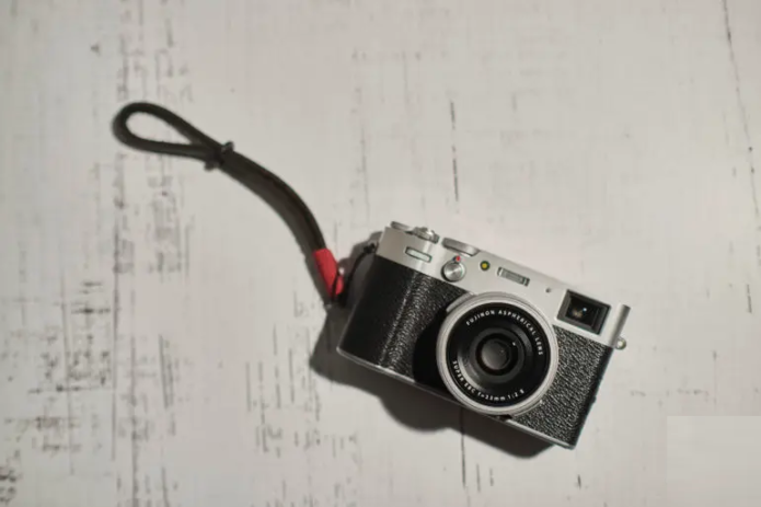 The Closest They've Come to a Perfect Camera: Fujifilm X100V Review