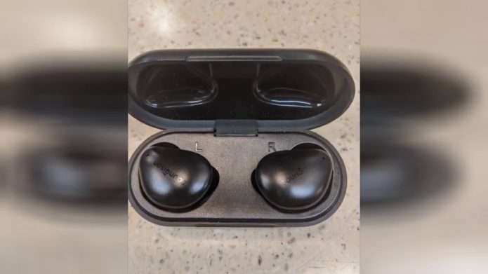 UNBREAKcable Soundison Bluetooth Earbuds Review