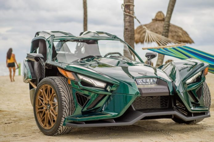 2020 POLARIS SLINGSHOT GRAND TOURING LE FIRST LOOK (FAST FACTS)