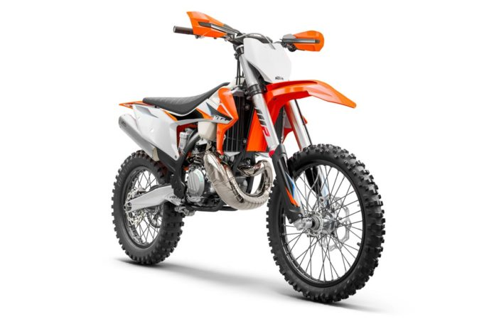 2021 KTM CROSS-COUNTRY LINEUP FIRST LOOK: GNCC WRECKING CREW