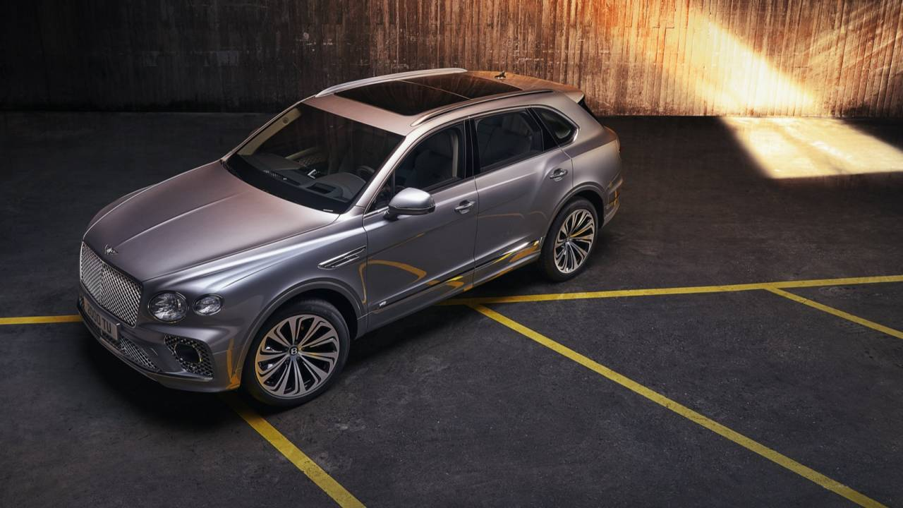 2021 Bentley Bentayga revealed to raise the luxury SUV stakes
