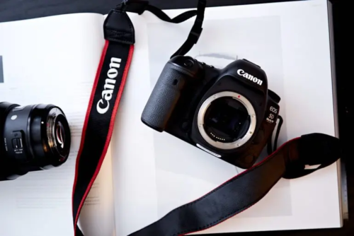 End of an Era: Do We Really Need a New Canon EOS 5D DSLR?
