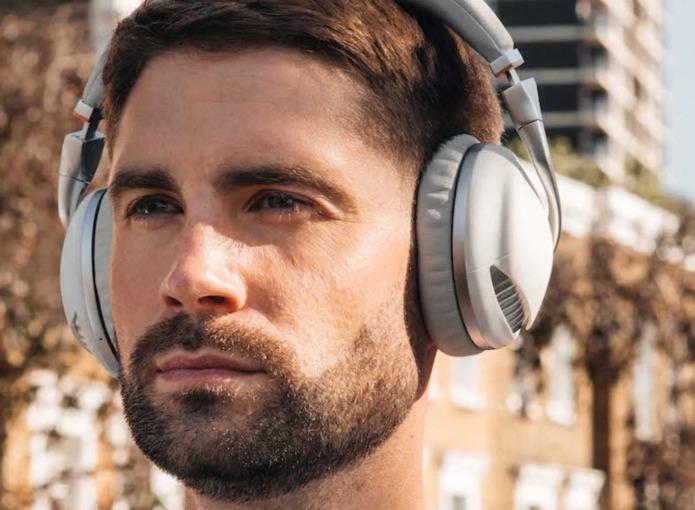 Meet IRIS Headphones: the latest in immersive wireless technology?