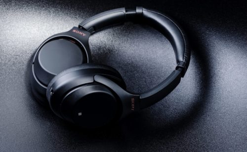 Sony WH-1000XM4 − August 7th for the announcement of the new over-ears?